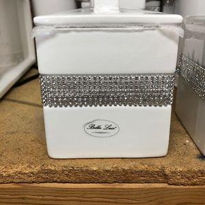 Bella Lux White Storage Square+Lid Ceramic Fancy